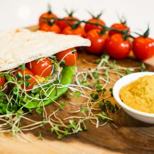 Mini Naan Sandwich with Veggie Ham & Carrot-Curcuma Hummus