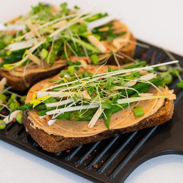 recipe-main-Veggie-Ham-Green-Beans-Mediterranean-Toast