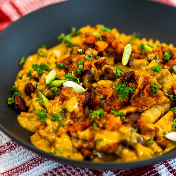 recipe-main-Loaded-Fries-(Poutine)-with-Red-beans-Chili-&-Vegan-Cheddar-Mexican-Sauce