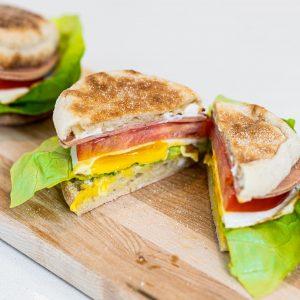"Healthy Egg ""Mc Muffin"" Copycat with Veggie Ham"